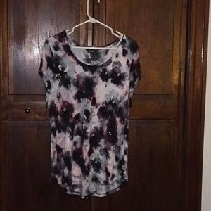 Vera Wang - tee - excellent condition!